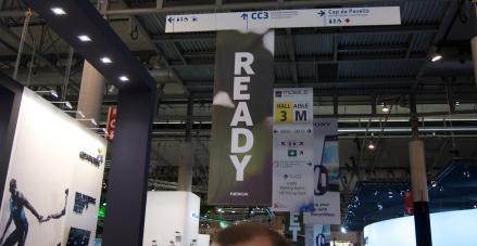 Entrada al stand de Nokia